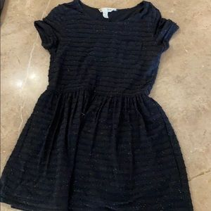 Yumi short sleeve black dress